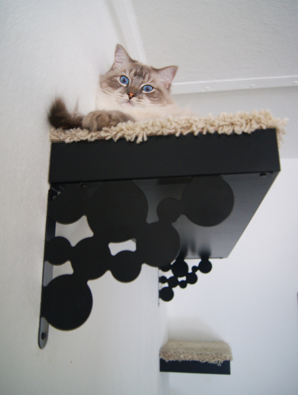 ikea hack making a new cat tree tatiana 39 s delights. Black Bedroom Furniture Sets. Home Design Ideas